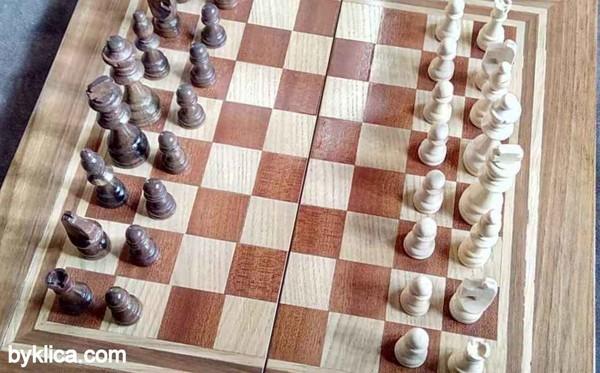 60лв. Комплект Шах и табла с фурнир от село ОРЕШАК