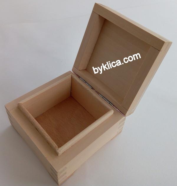 2.50лв. Кутия за бижута от дърво на бяла заготовка