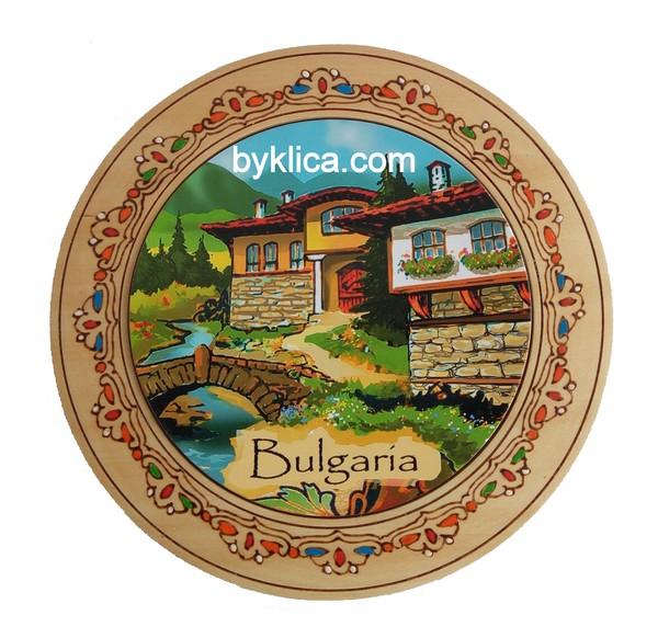 Чиния сувенир с пирография Пейзаж от България 15 см